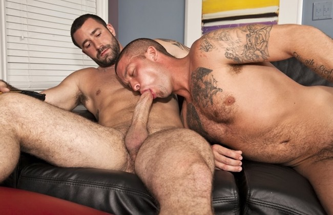next-door-studios-caleb-colton-sucks-off-vinny-castillo